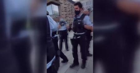 Alman polisinin görme engelli kişiye uyguladığı şiddetin görüntüleri ortaya çıktı