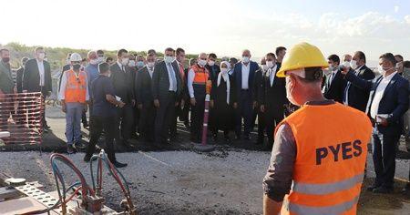 Bakan Karaismailoğlu, devam eden projeleri inceledi