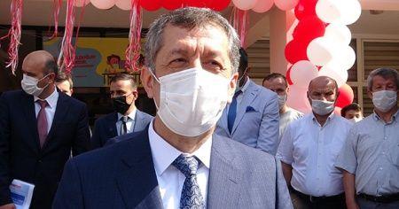 """Bakan Selçuk: """"Bizim görevimiz okulları açmak"""""""