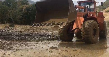 Bingöl'de sağanak yağış heyelana neden oldu