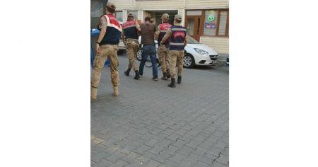 Bitlis'te göçmen kaçakçılığı yapan 2 şüpheli suçüstü yakalandı