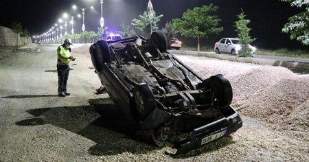 Elazığ'da otomobil devrildi: 1 yaralı
