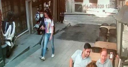 Genç kızın dehşeti yaşadığı kapkaç kamerada
