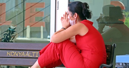 Genç kızın KPSS gözyaşları