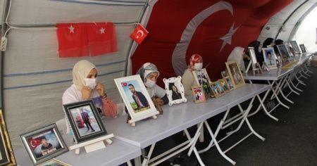 HDP önündeki ailelerin evlat nöbeti 384'üncü günde