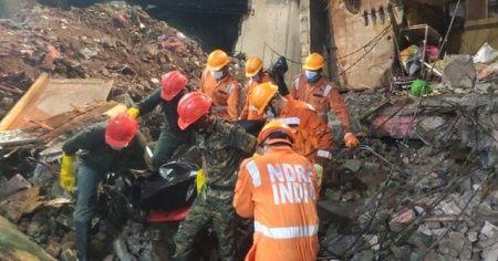 Hindistan'da çöken binada ölü sayısı 41'e yükseldi