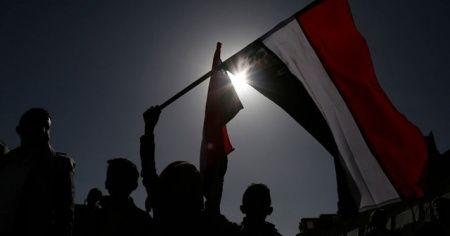 Husiler, Arap koalisyonuna savaşı durdurmak için müzakere çağrısı yaptı