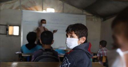 İdlib'de okullar Kovid-19 nedeniyle gecikmenin ardından açıldı