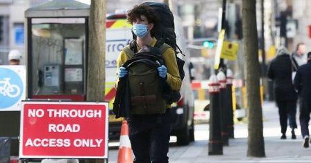 İngiltere'de son 24 saatte 7 bin 108 Kovid-19 vakası görüldü