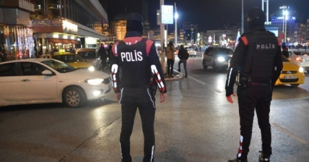 İstanbul'da geniş çaplı huzur uygulaması yapıldı: 432 şüpheli yakalandı