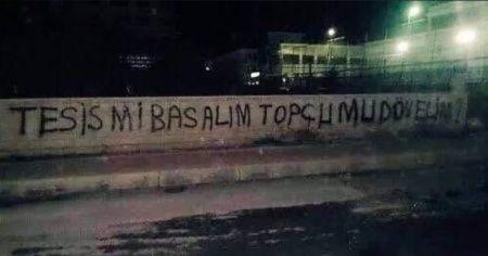 Kocaelispor'da taraftarlar tesisi bastı