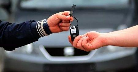 Kredi faizleri yükseldi 2. el araç satışı durdu
