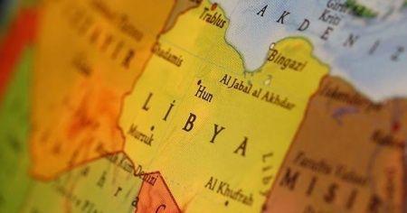 Libya'da darbeci Hafter, petrole uyguladığı blokajı kaldırdığını duyurdu