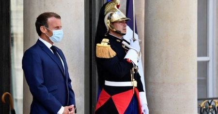 Macron'un partisinde yaprak dökümü