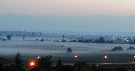 Manyas ovası sisle kaplandı