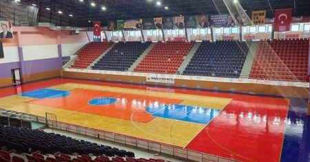 Ordu'nun en büyük spor salonu yenilendi