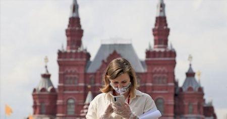 Rusya'da Kovid-19 vaka sayısı 1 milyon 110 bine yaklaştı