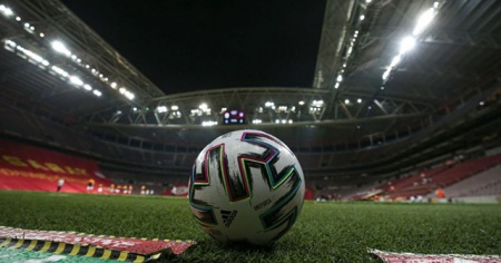 UEFA Avrupa Ligi'nde 34 takım play-off turuna yükseldi