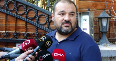 Ünlü şarkıcı Halil Sezai'nin darp ettiği 67 yaşındaki Meriç'in oğlu basın mensuplarına konuştu
