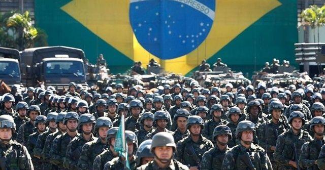 ABD'nin üst düzey ziyareti esnasında Brezilya ordusundan Venezuela sınırında tatbikat