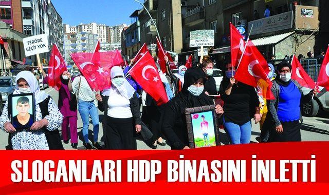 Acılı annelerin sloganları HDP binasını inletti