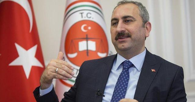 Adalet Bakanı Gül, KKTC Cumhurbaşkanı seçilen Ersin Tatar'ı tebrik etti