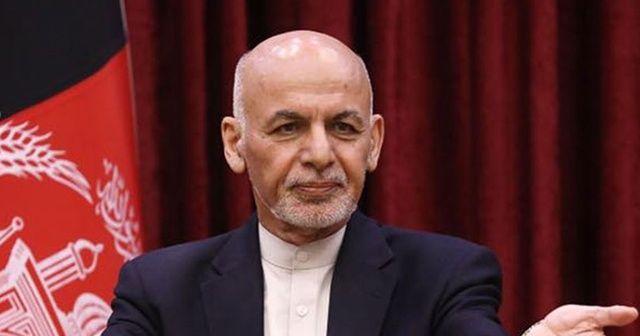 Afganistan Cumhurbaşkanı Gani: Taliban ve yanlıları hala yanlış 'fetih' ifadesine inanıyor