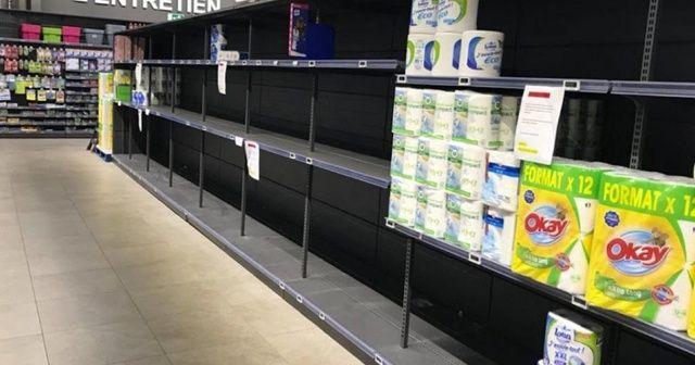 Fransa'da sokağa çıkma yasağının ardından halk marketleri boşalttı