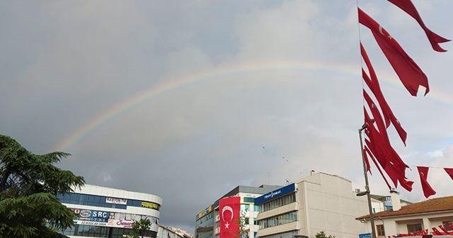 İstanbul'da gökkuşağı sürprizi