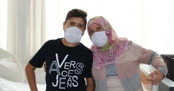16 yaşındaki Taner, annesinin böbreğiyle hayata tutundu