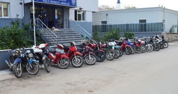 5 çalıntı motosiklet ele geçirildi