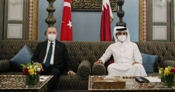 Cumhurbaşkanı Erdoğan Katar'da Al Sani ile bir araya geldi