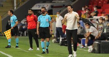 """Erol Bulut: """"Oynanan futboldan memnunum"""""""