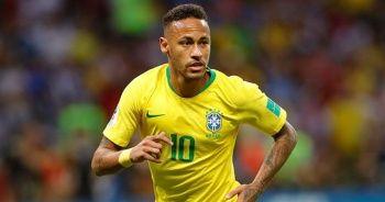 Neymar Brezilya Milli Takımı tarihine geçti
