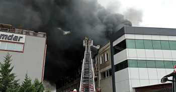 Silivri'de fabrika yangını!
