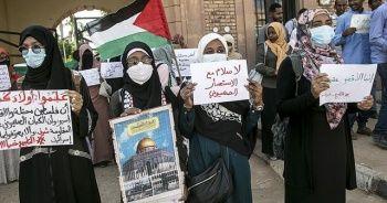 Sudan'da İsrail ile normalleşme protesto edildi