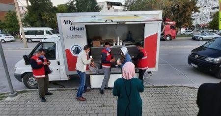 Ankara'dan İzmir'deki depremzede vatandaşlara destek