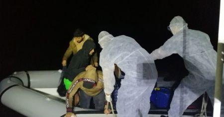 Datça açıklarında 16 sığınmacı kurtarıldı