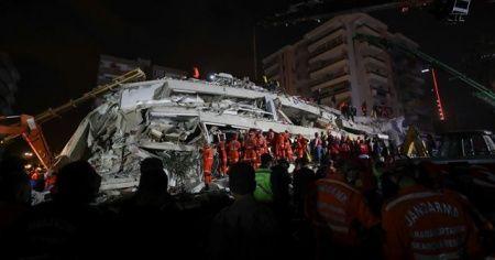 Devlet deprem bölgesinde seferber oldu
