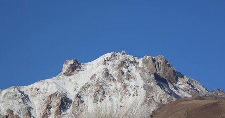 Erciyes Dağı beyaz örtüsünü giyindi