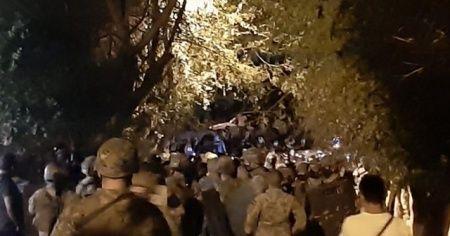 Ermeni grup, Türkiye Büyükelçiliği önünde güvenlik güçlerine saldırdı