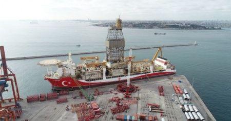 Kanuni sondaj gemisinin platform söküm çalışmaları başladı