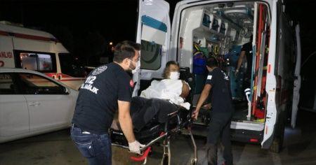 Kıraathane sahipleri izinli polis memurunu bıçakladı