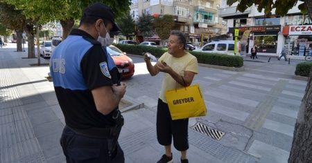 Maske takmayıp polise direnen kişiye 392 lira ceza verildi