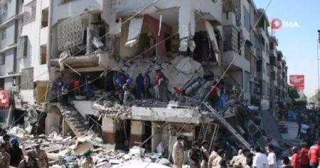 Pakistan'da binada patlama : 5 ölü, 28 yaralı