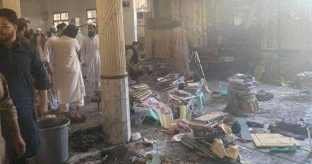 Pakistan'da medresede patlama: 7 ölü, 100 yaralı