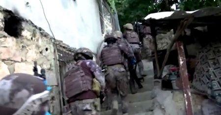 Siirt'te terör örgütü DEAŞ operasyonu: 1'i sözde emir 6 kişi gözaltına alındı