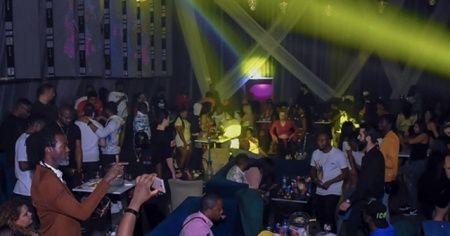 Skandal görüntülerin ortaya çıktığı Esenyurt'taki gece kulübü mühürlendi