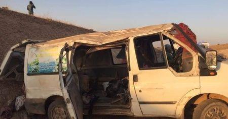 Tarım işçilerini taşıyan minibüs devrildi: 1 ölü, 11 yaralı