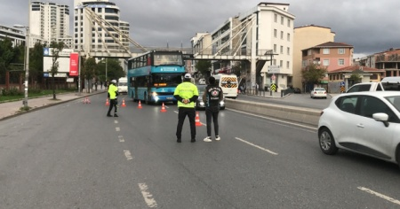 """Tıka basa yolcu dolu otobüs sürücüsü: """"Ben yolculara da ceza kesilmesini öneriyorum"""""""